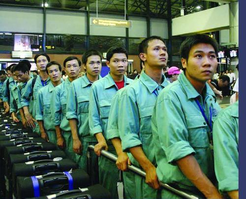 Kết thúc hợp đồng lao động về nước